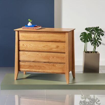 Jolanda 4 Drawer Chest - Solid Oak - 100x50x90cm