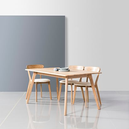 Magnus Dining Table - Solid Oak - 150x90cm